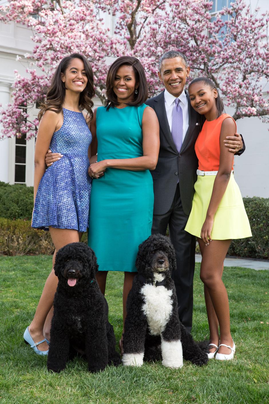 Малия, Мишель, Барак и Саша Обама