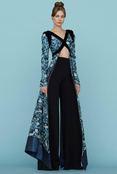 Ульяна Сергеенко представила новую коллекцию на Неделе высокой моды в Париже | галерея [1] фото [22]