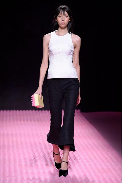 Показ Mary Katrantzou на Неделе моды в Лондоне | галерея [1] фото [33]