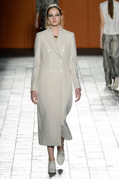 Неделя моды в Лондоне: 22 февраля | галерея [3] фото [1]
