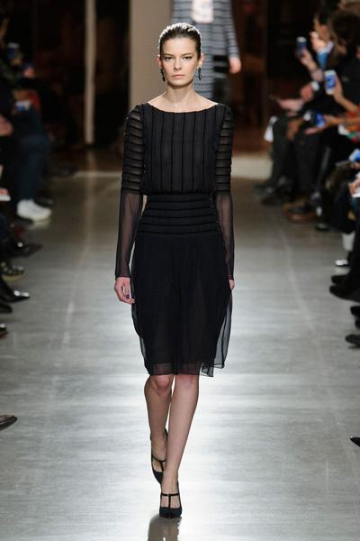 Показ Oscar de la Renta на Неделе моды в Нью-Йорке | галерея [1] фото [39]