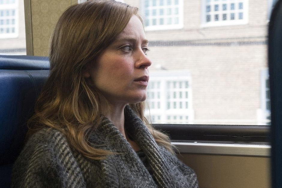 «Девушка в поезде»