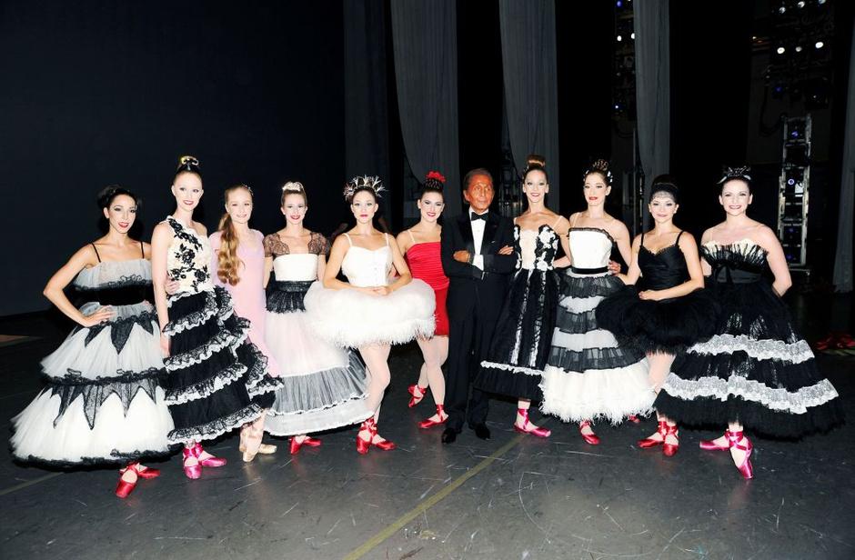 Валентино Гаравани стал автором костюмов танцоров Нью-Йоркского балета