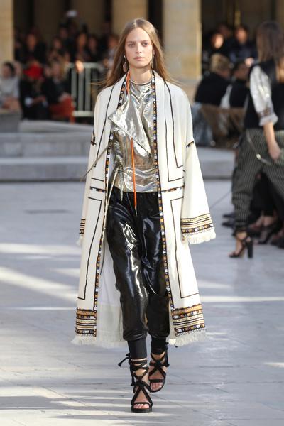 Неделя моды в Париже: день четвертый | галерея [2] фото [2]