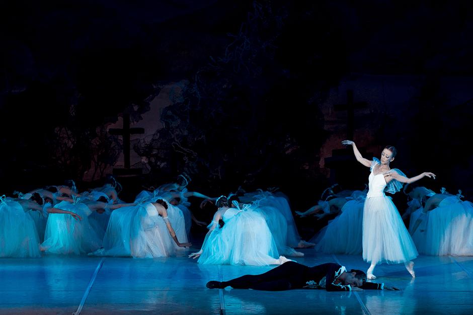 Театр Наталии Касаткиной и Владимира Василева представит балеты о любви в Кремле