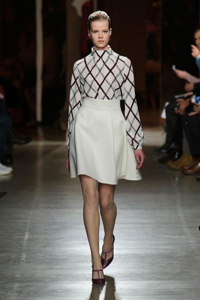 Показ Oscar de la Renta на Неделе моды в Нью-Йорке | галерея [1] фото [42]