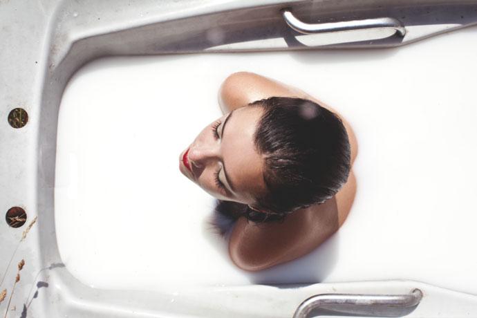 как сделать молочную ванну