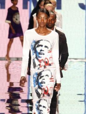 Платье с принтами, изображающими Барака Обаму