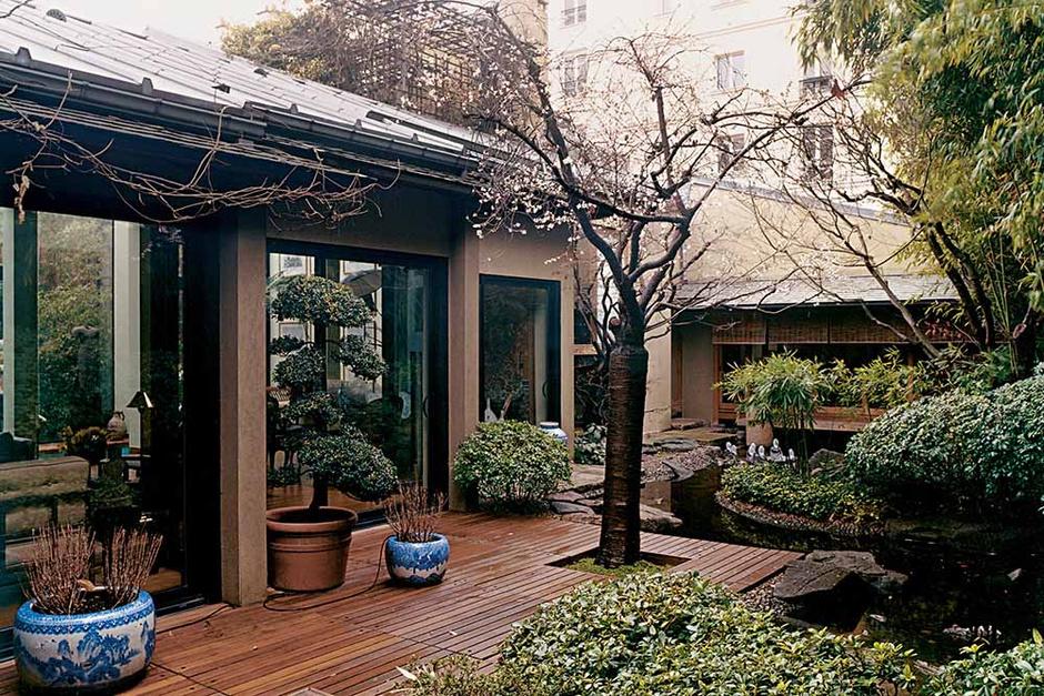 Терраса в парижском доме Кензо Такадо
