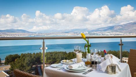 На своем берегу: лучшие отели на Черном море | галерея [3] фото [1]