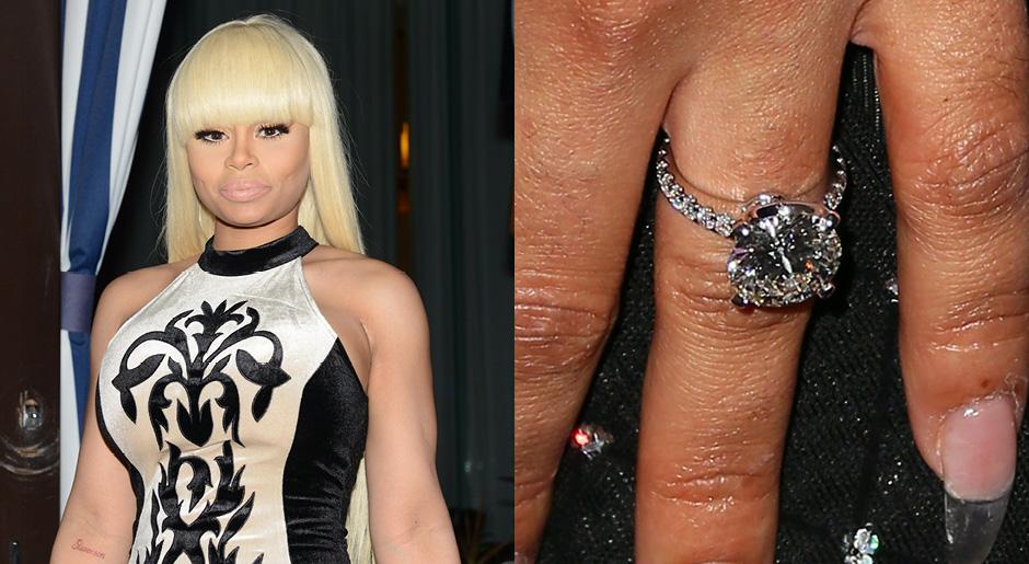 Помолвочное кольцо Блэк Чайны с бриллиантом в 7 карат, примерная стоимость 325 тысяч долларов