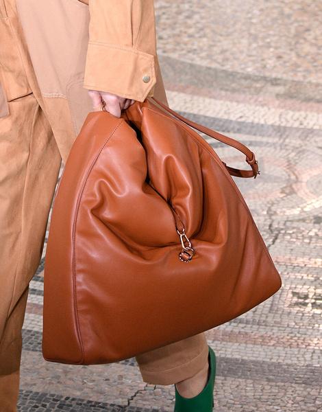 Итоги Недель моды: лучшие сумки | галерея [6] фото [2]