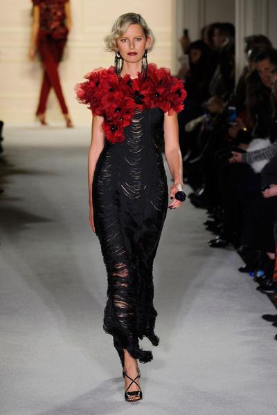 Показ Marchesa на Неделе моды в Нью-Йорке   галерея [1] фото [31]
