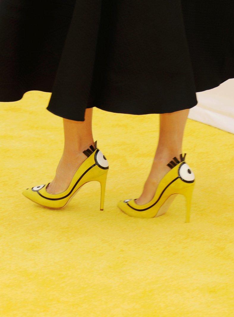 желтый в моде: дизайнеры предстали в образе миньонов