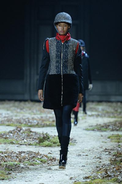 Неделя моды в Париже: показ Moncler Gamme Rouge осень-зима 2015/16 | галерея [1] фото [2]