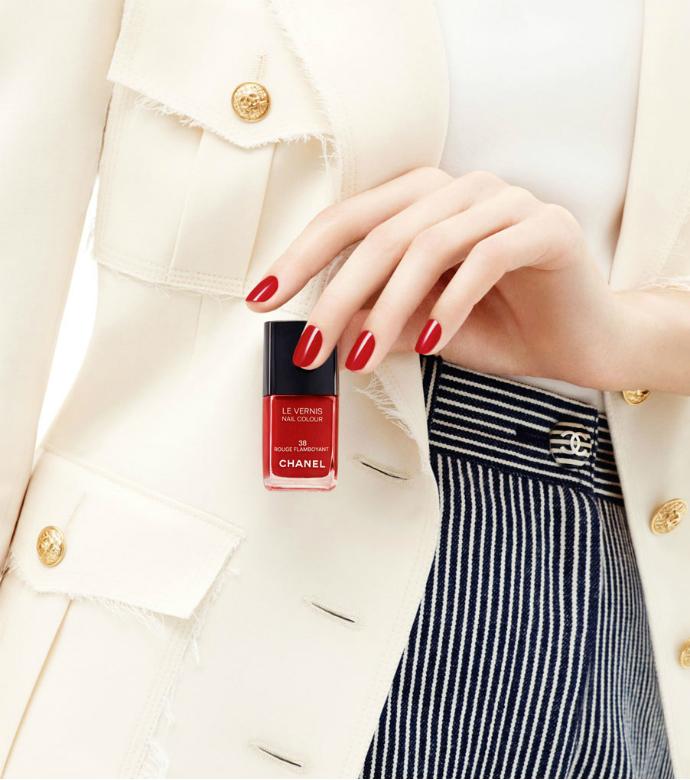 Лак для ногтей Rouge Flamboyant от Chanel