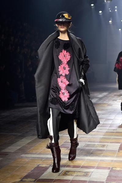Показ Lanvin на неделе моды в Париже | галерея [1] фото [10]