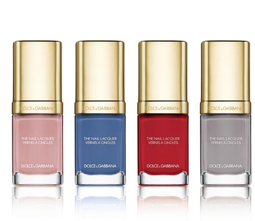 4 лака для ногтей (нежный Antique Rose, пронзительный небесный Jaipur Blue, страстный Red Royal, прозрачный серый Tahitian Grey)