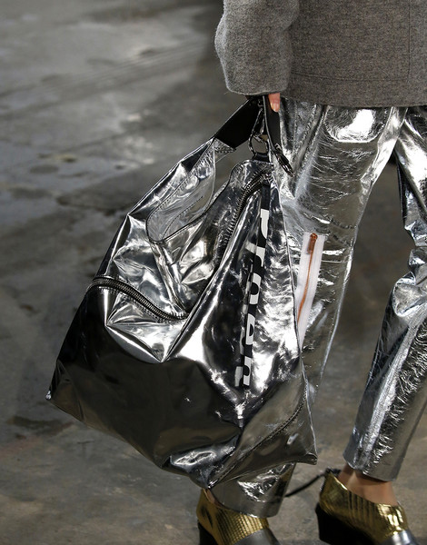 Итоги Недель моды: лучшие сумки | галерея [2] фото [6]