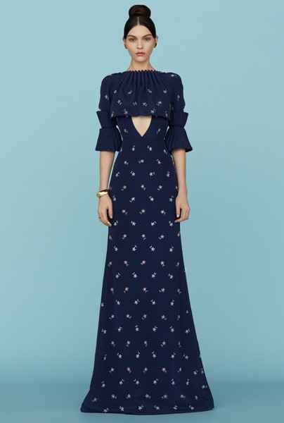 Ульяна Сергеенко представила новую коллекцию на Неделе высокой моды в Париже | галерея [1] фото [7]