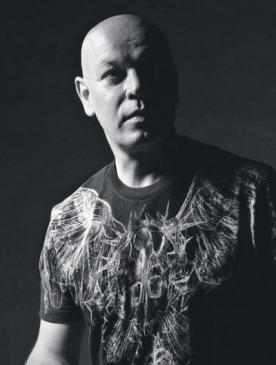 Николя Деженн, арт-директор Givenchy