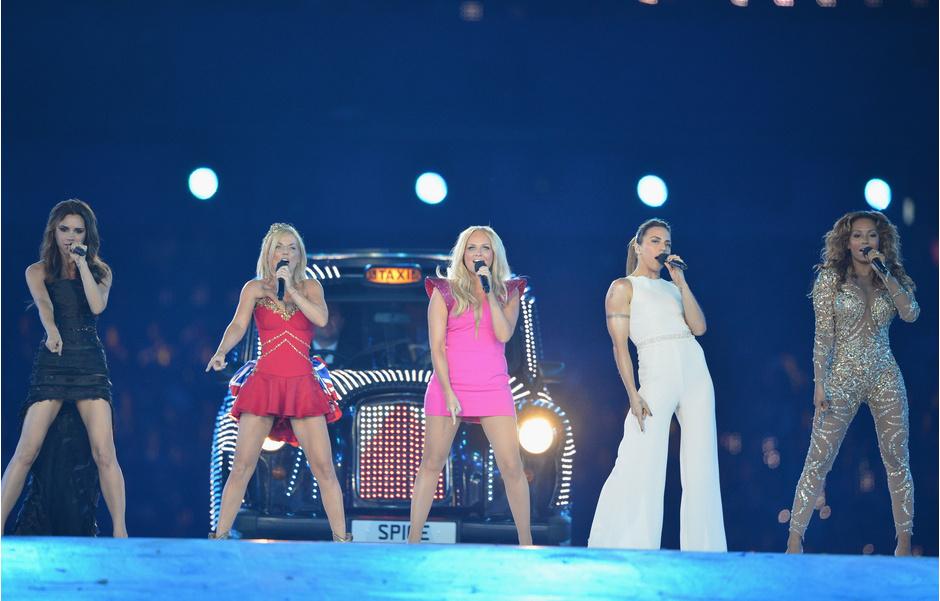 Spice Girls на церемонии закрытия летней Олимпиады в Лондоне в 2012 году