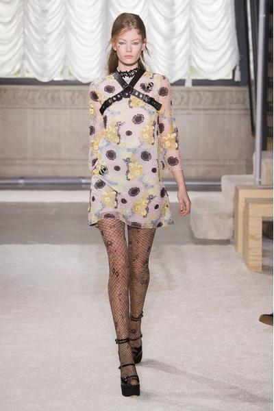 Неделя моды в Милане: 27 февраля | галерея [3] фото [13]