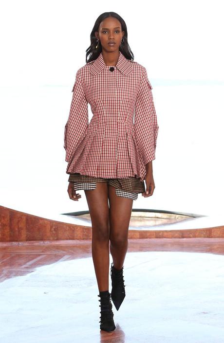 Показ круизной коллекции Dior в Каннах