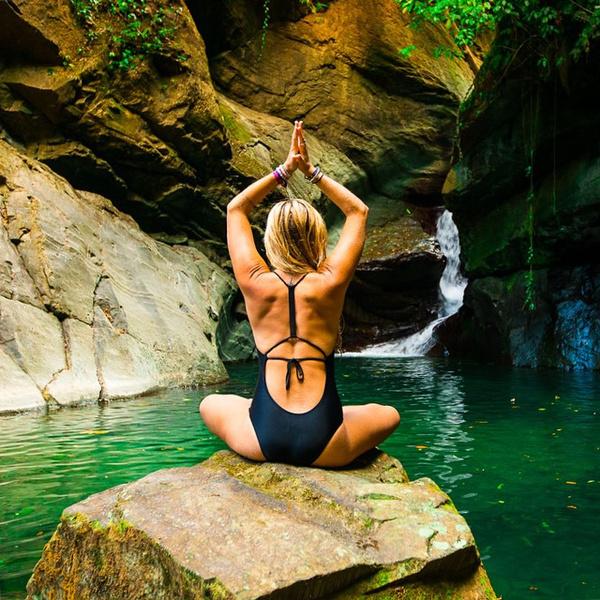 ВСТАЛА В ПОЗУ: 7 мотивирующих йога-аккаунтов | галерея [5] фото [3]