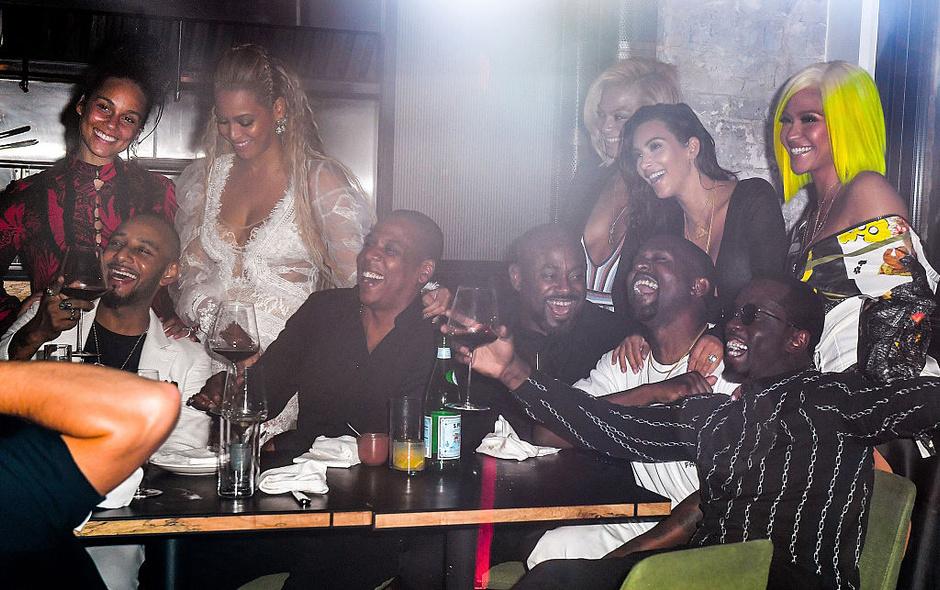 Бейонсе, Jay Z, Канье Уэст, Ким Кардашьян, Шон Комбс и Кэсси