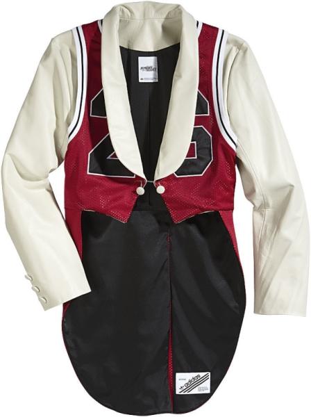 Одежда от Джереми Скотта
