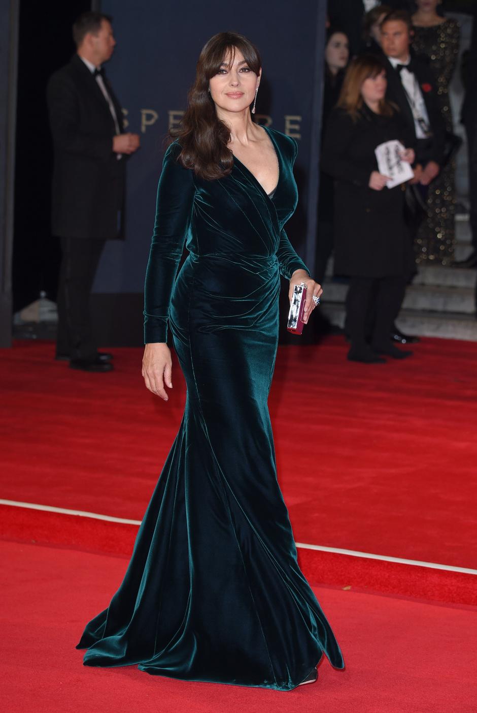 Моника Беллуччи в Ralph & Russo Couture на лондонской премьере «007: Спектр»