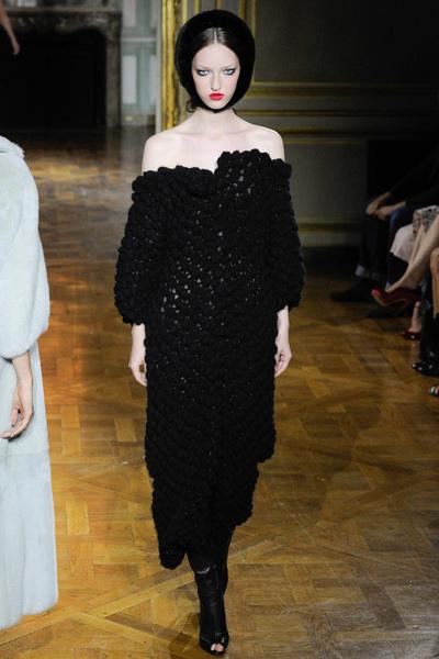 Показ Ulyana Sergeenko на Неделе высокой моды | галерея [1] фото [5]