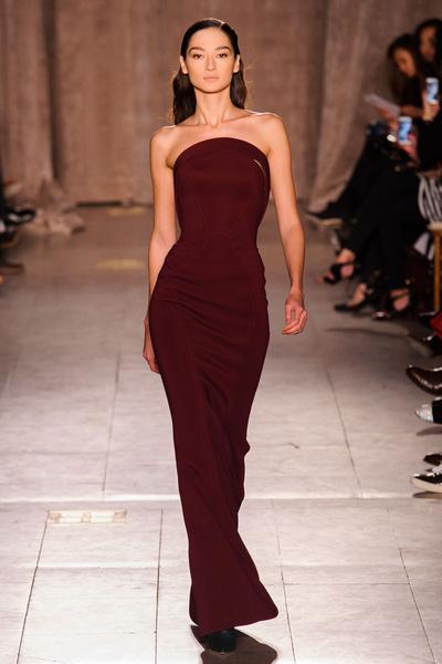 Black tie: показы Carolina Herrera, Reem Acra и Zac Posen на Неделе моды в Нью-Йорке | галерея [1] фото [8]