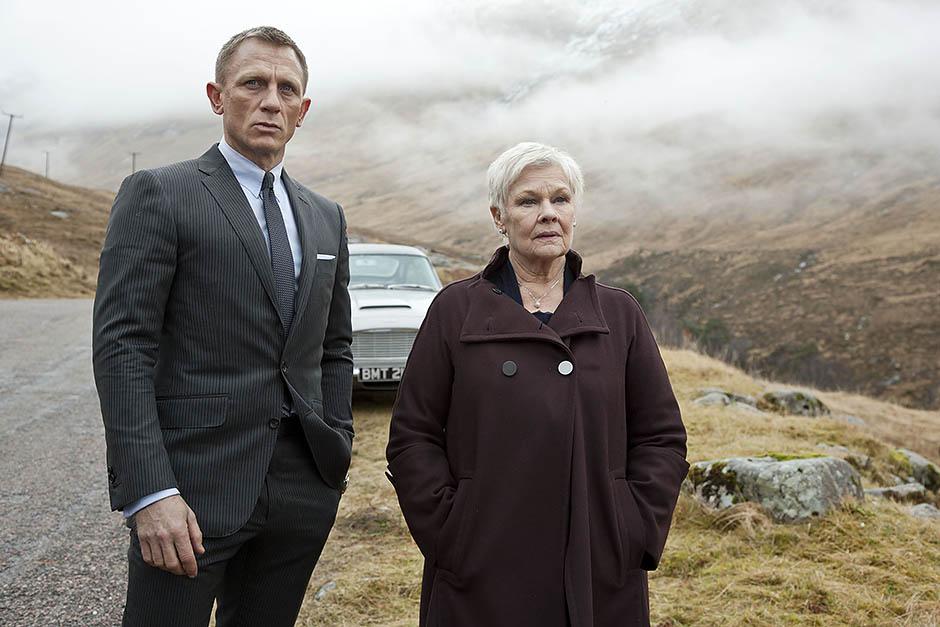 Джуди Денч и Дэниел Крейг в фильме «007: Координаты «Скайфолл»