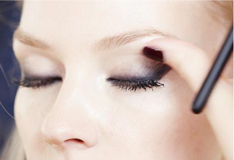 Star Trends: Светлана Ходченкова в модных бьюти-образах нового сезона | галерея [2] фото [1]