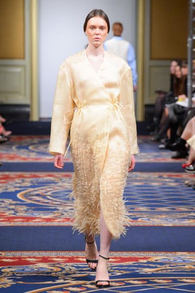Показ осенне-зимней коллекции Ruban на Mercedes-Benz Fashion Week RussiaПоказ осенне-зимней коллекции Ruban на Mercedes-Benz Fashion Week Russia | галерея [2] фото [2]