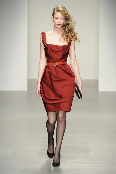 15 лучших красных платьев из осенне-зимних коллекций | галерея [2] фото [1]