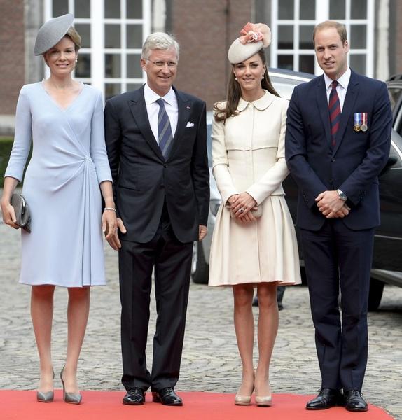 Итоги года 2014: лучшие фото Кейт Миддлтон и принца Уильяма | галерея [7] фото [2]