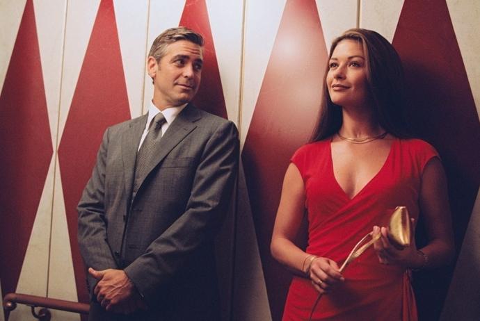 «Невыносимая жестокость» В главных ролях: Джордж Клуни и Кэтрин Зета-Джонс