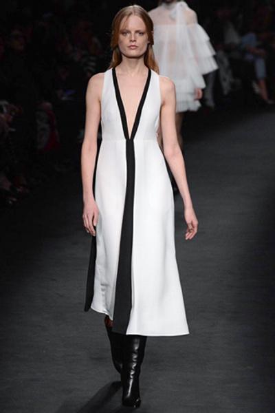 Неделя моды в Париже: показ Valentino ready-to-wear осень — зима 2015-2016 | галерея [1] фото [26]