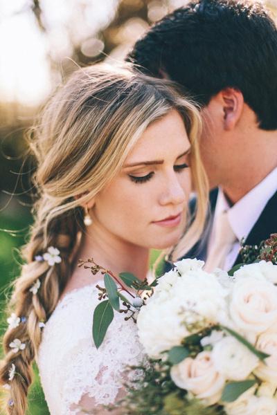 Как украсить цветами свадебную прическу? | галерея [2] фото [2]