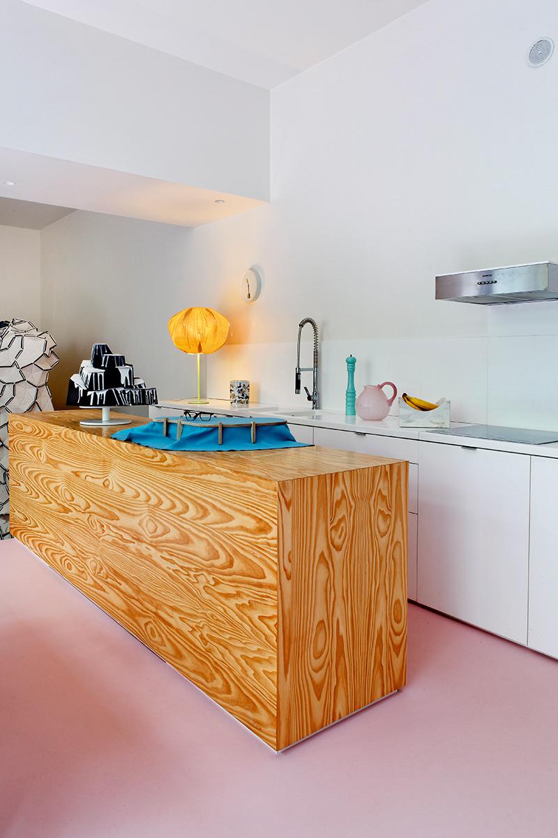 Кухня совмещена с гостиной