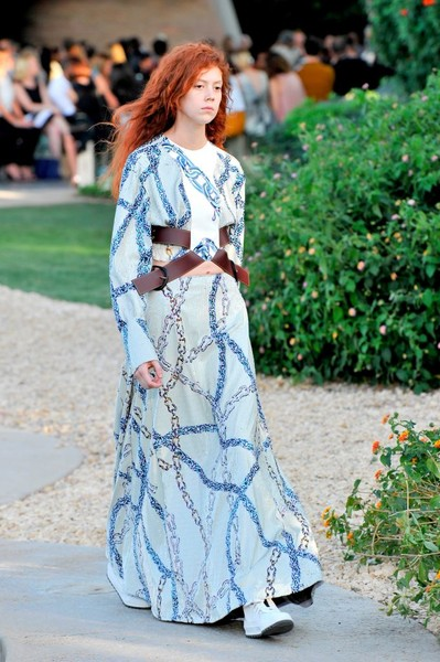 Показ круизной коллекции Louis Vuitton в Палм-Спринг | галерея [1] фото [26]