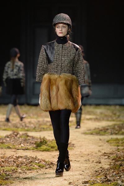 Неделя моды в Париже: показ Moncler Gamme Rouge осень-зима 2015/16 | галерея [1] фото [17]