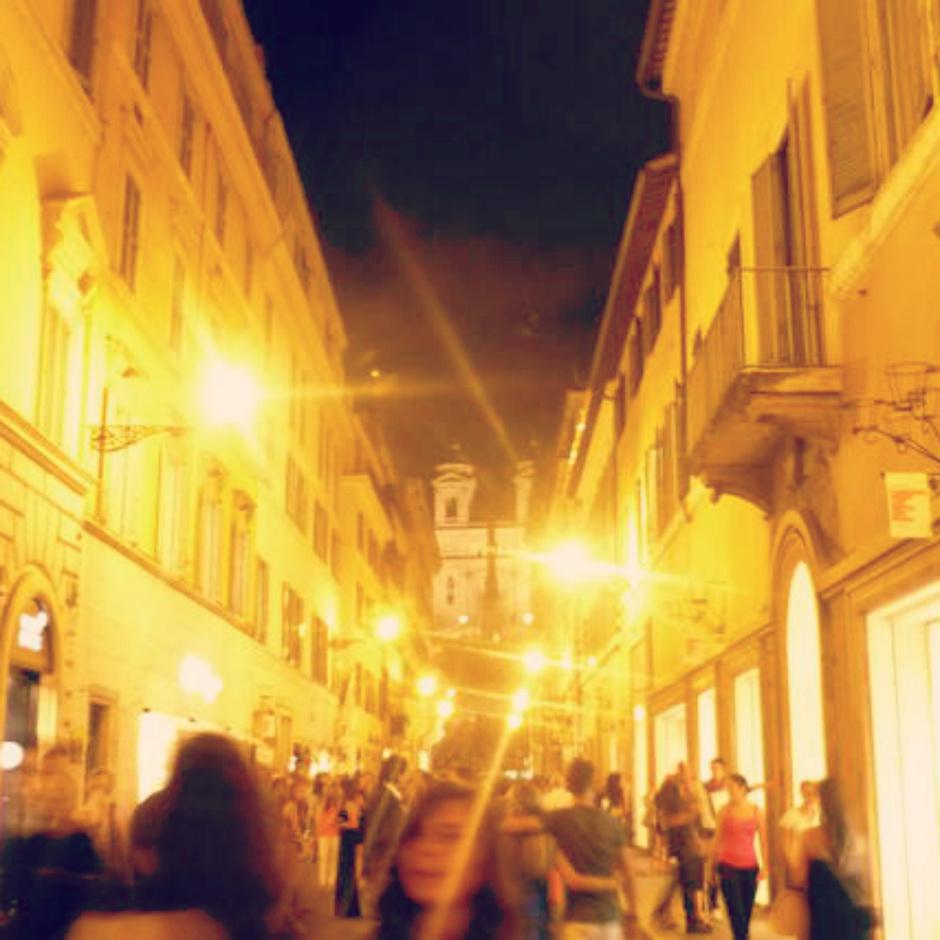 Улица Via Condotti