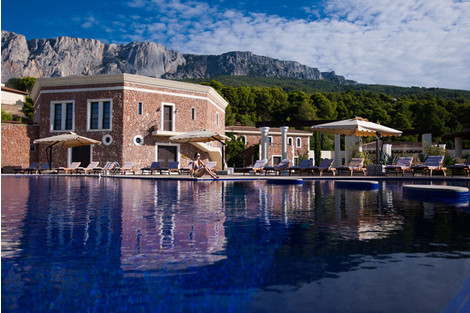 На своем берегу: лучшие отели на Черном море | галерея [4] фото [2]