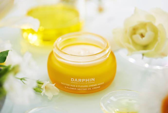 Darphin выпустили преображающий крем-масло «Нектар 8 цветов»