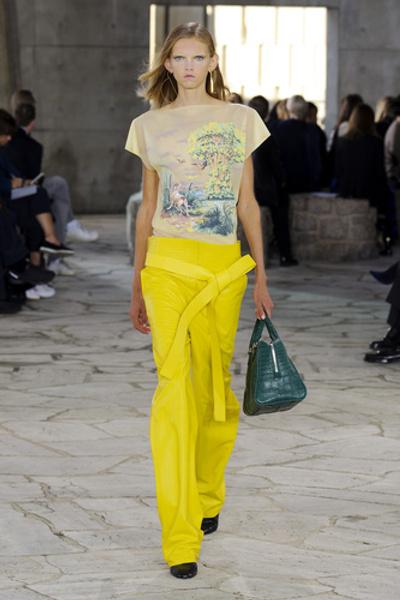 НУЖНЫЙ ТОН: Какие цвета и сочетания цветов в моде этим летом? | галерея [1] фото [7]