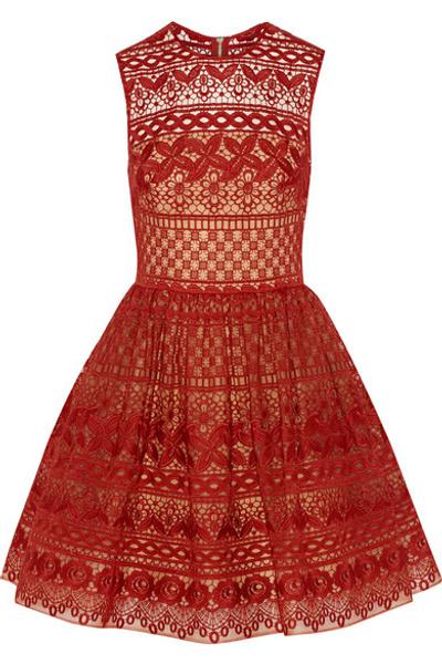 Платье на 8 марта | галерея [1] фото [12]